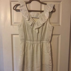 White silky dress with pockets